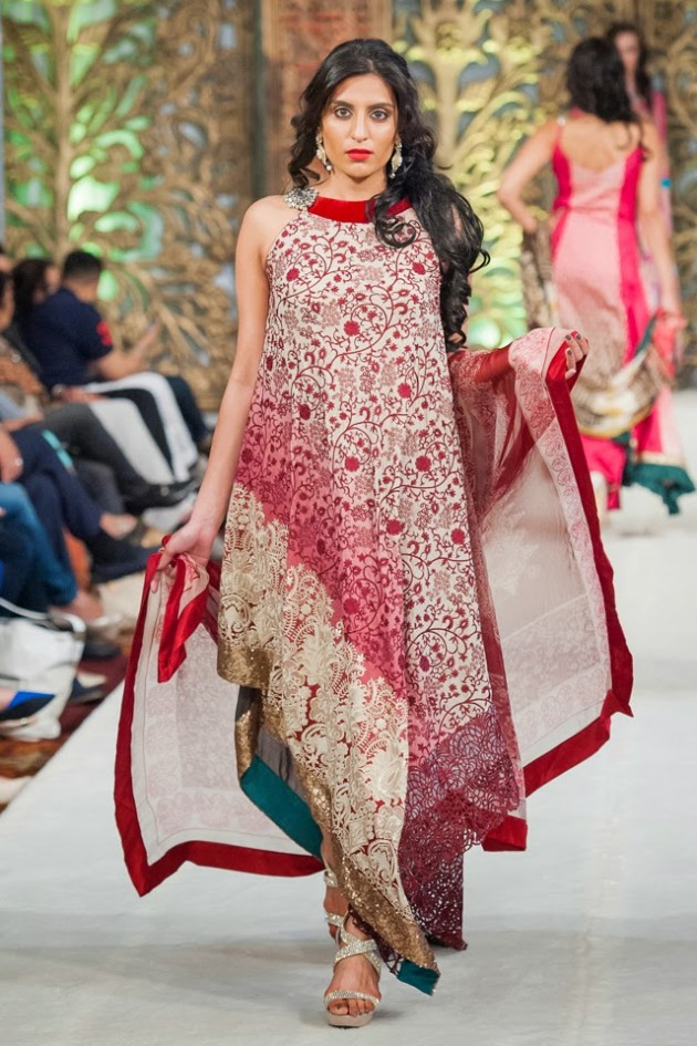 Beautiful-Weddings-Bridal-Dress-of-Asia-London-Fashion-Week-Show-by-Al-Zohaib-5