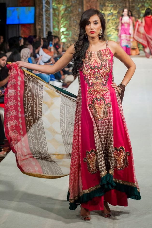 Beautiful-Weddings-Bridal-Dress-of-Asia-London-Fashion-Week-Show-by-Al-Zohaib-6