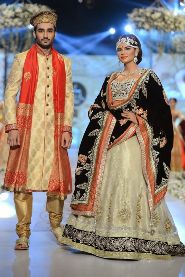 Bridal-Wedding-New-Fashion-Dress-at-PBCW-by-Designer-Deepak-Perwani-12