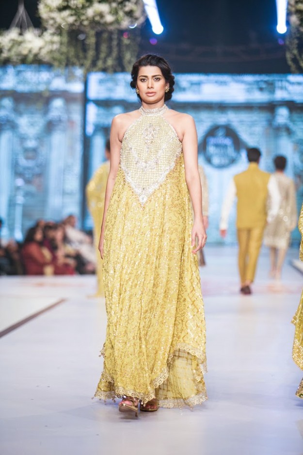 Wedding-Bridal-New-Fashion-Dress-Collection-at-PBCW-by-Designer-Faraz-Manan-7