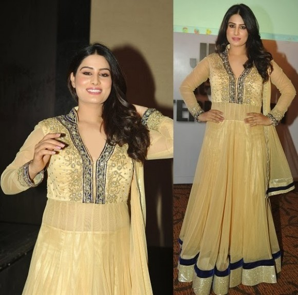 Indian-Bollywood-Celebrities-in-Designers-Anarkali-Frock-Saree-Suits-New-Fashion-Dress-7