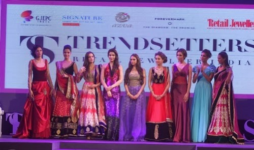 Bridal-Wedding-Dress-Fashion-Show-by-Retail-Jewellers-India-Trendsetters-Launch-11