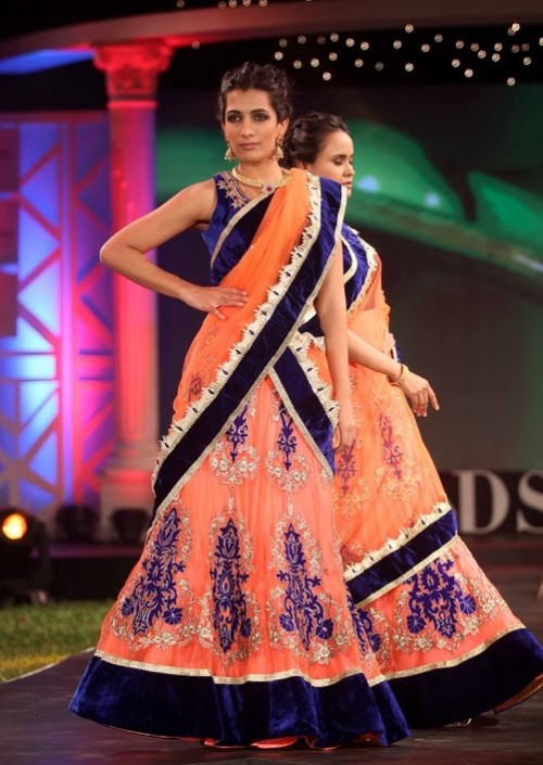 Bridal-Wedding-Dress-Fashion-Show-by-Retail-Jewellers-India-Trendsetters-Launch-7