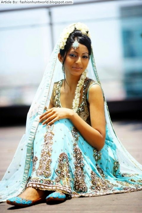 Girls-Wear-Beautiful-Wedding-Bridal-Dresses-by-Fashion-Suits-Designer-Erum-Ali-10