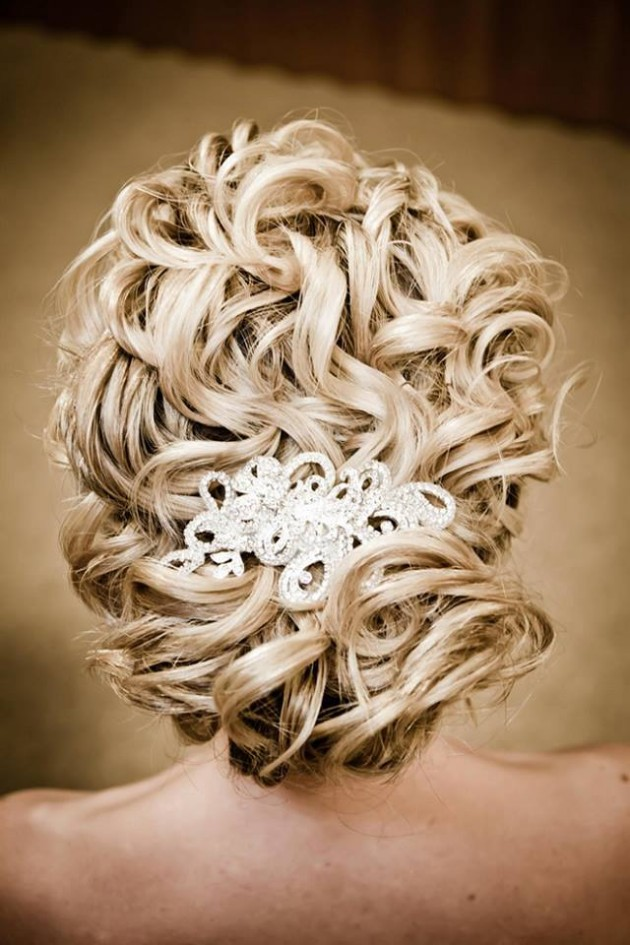 Girls-Women-Stylish-Wedding-Bridal-Hairstyle-for-Brides-Party-Receptions-New-Fashion-5