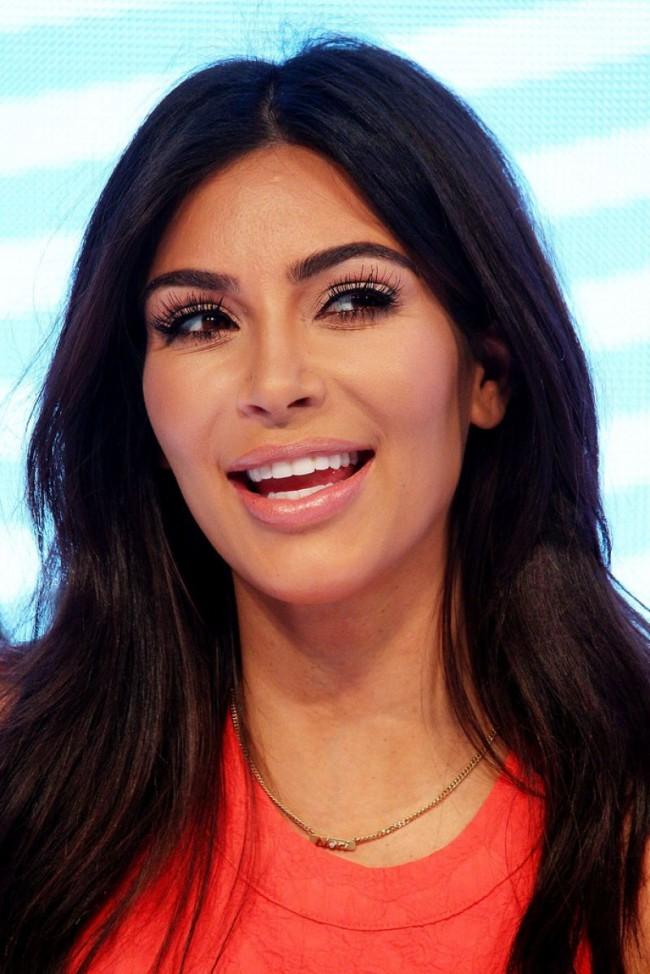 Kim-Kardashian-at-Krdashian-Kollection-Spring-Launch-in-Sydney-Picture-Images-1