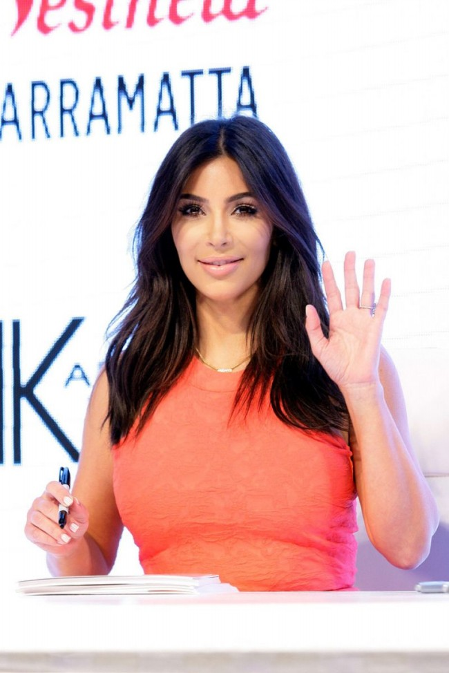 Kim-Kardashian-at-Krdashian-Kollection-Spring-Launch-in-Sydney-Picture-Images-2