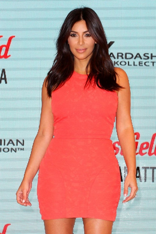 Kim-Kardashian-at-Krdashian-Kollection-Spring-Launch-in-Sydney-Picture-Images-6