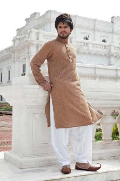 Mens-Wear-New-Latest-Fashion-Trend-Of-Casual-Kurtas-Shalwar-Kamiz-1