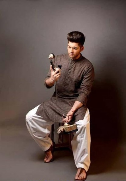 Mens-Wear-New-Latest-Fashion-Trend-Of-Casual-Kurtas-Shalwar-Kamiz-9