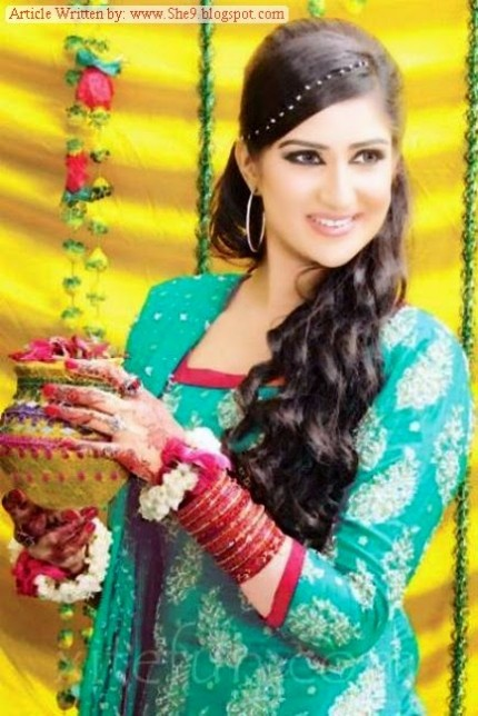 Wedding-Bridal-Hair-Cuts-Style-New-Latest-Fashion-for-Mehndi-Party-Function-10