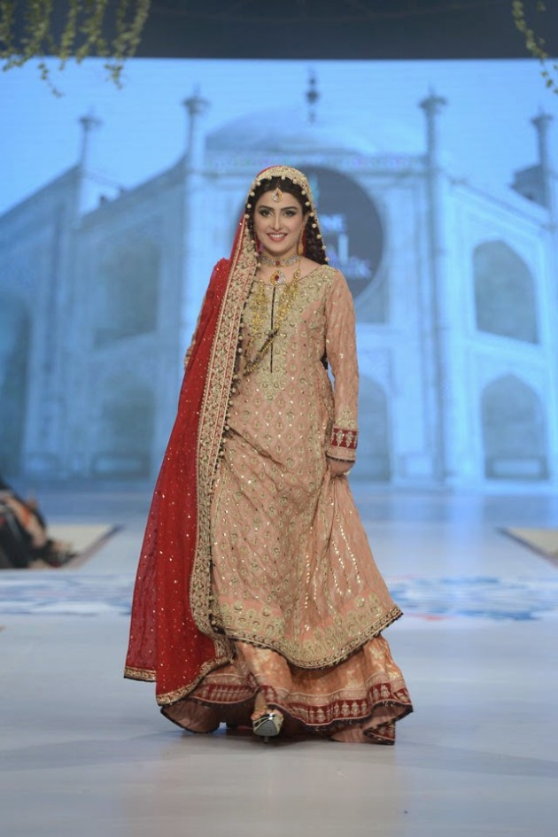 Wedding-Bridal-New-Fashion-Wear-Dress-for-Beautiful-Girls-at- PBCW-by-Designer-Sana-Abbas-11