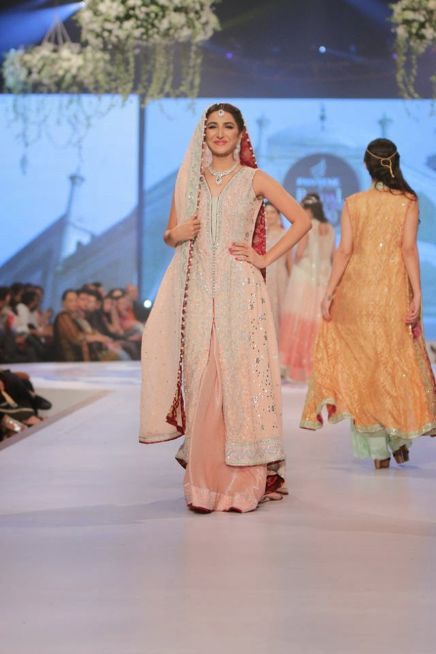 Wedding-Bridal-New-Fashion-Wear-Dress-for-Beautiful-Girls-at- PBCW-by-Designer-Sana-Abbas-4