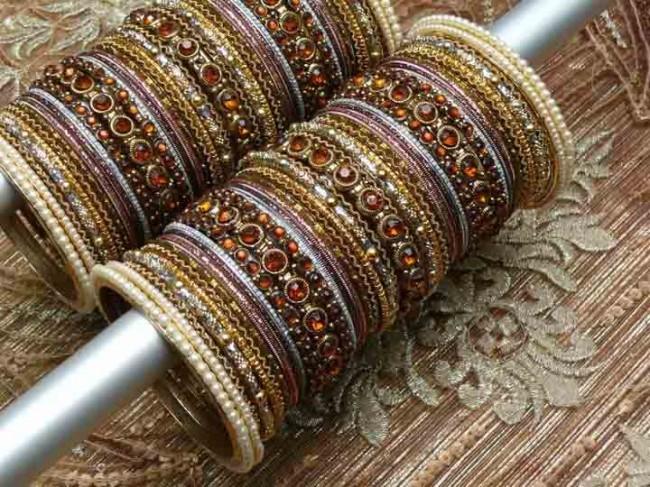 Women-Ladies-Girls-New-Style-Of-Beautiful-Bangles-Choorian-Latest-Trend-India-Pakistan-1