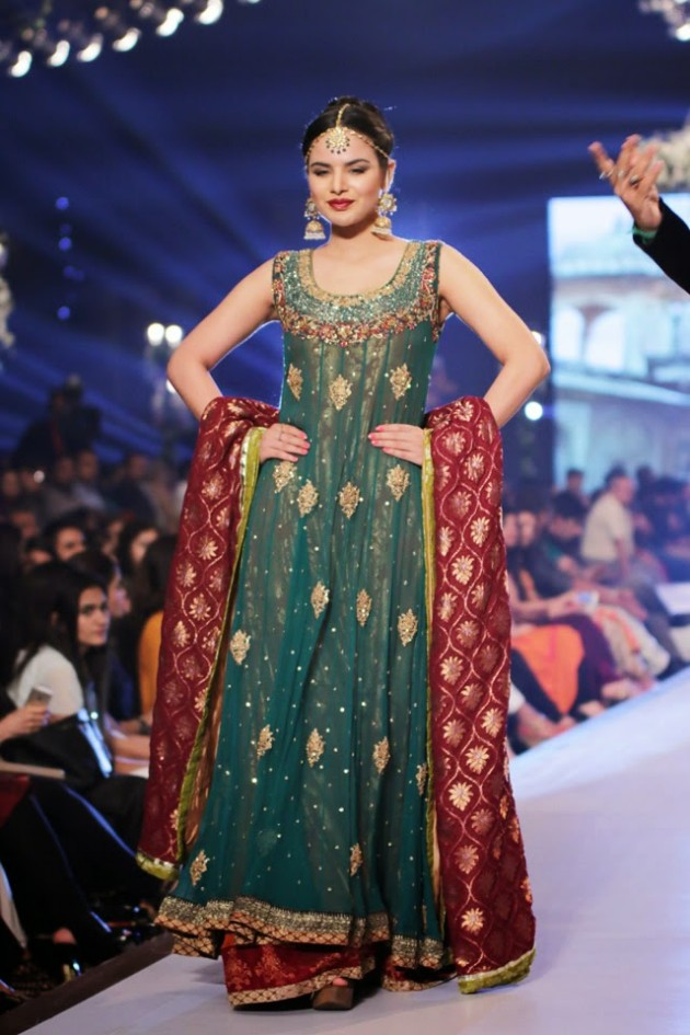 Bridal-Wedding-New-Fashion-Style-Dress-at-PBCW-by-Designer-Uzma-Babar-1