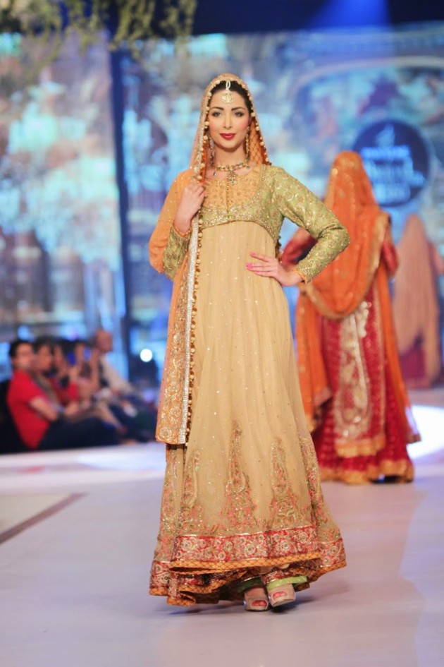 Bridal-Wedding-New-Fashion-Style-Dress-at-PBCW-by-Designer-Uzma-Babar-5