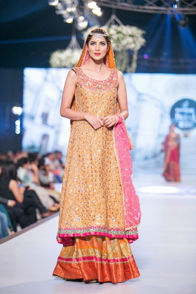 Bridal-Wedding-Wear-Suits-Fashion-Show-at-PBCW-by-Dress-Designer-Teena-Durrani-4