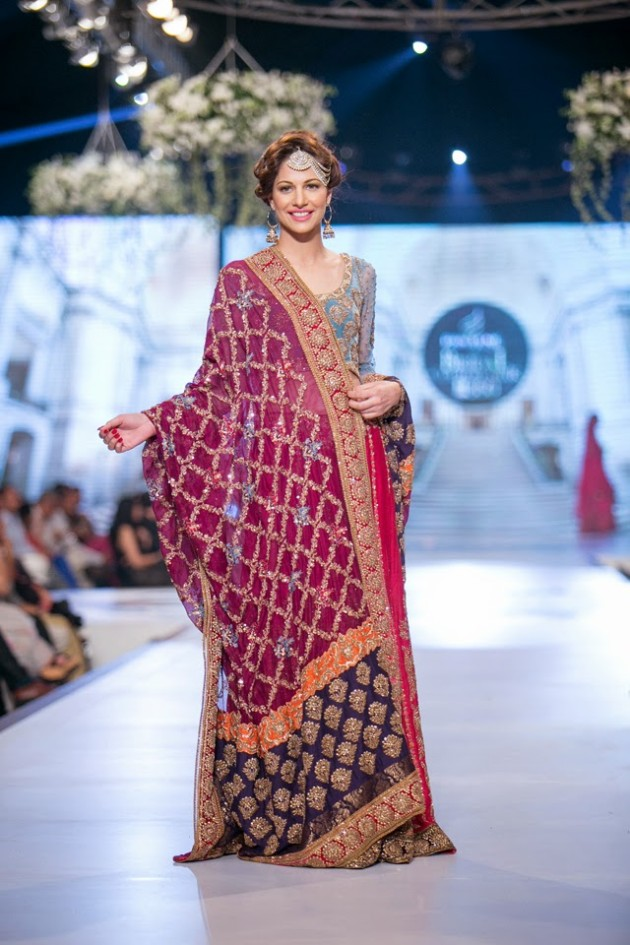 Bridal-Wedding-Wear-Suits-Fashion-Show-at-PBCW-by-Dress-Designer-Teena-Durrani-5
