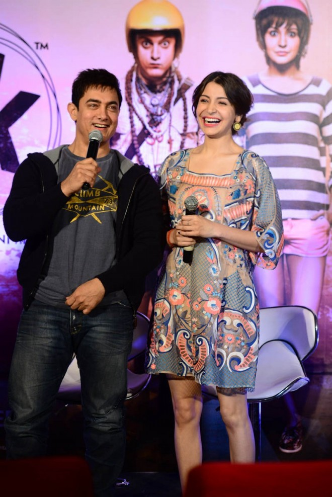 Aamir Khan and Anushka Sharma at PK Movie Promotion in Hyderabad Pictures-Photos-5