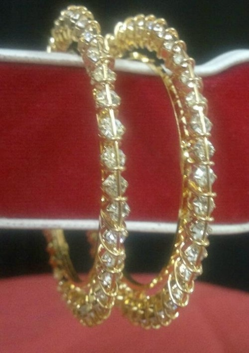 Indian Bridal-Wedding Wear Gold Bracelet Bangles Chura For Brides New Dulhan Fashion-9