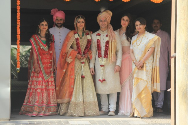 Bollywood-Indian Movies Famous Actress Soha Ali Khan & Kunal Kemmu Marriage Ceremony Pictures-Photoshoot-