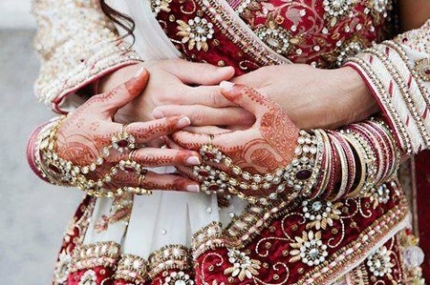 Bridal-Wedding Amazing Latest Henna Mehndi Designs for Girls-Dulhan Hands-12