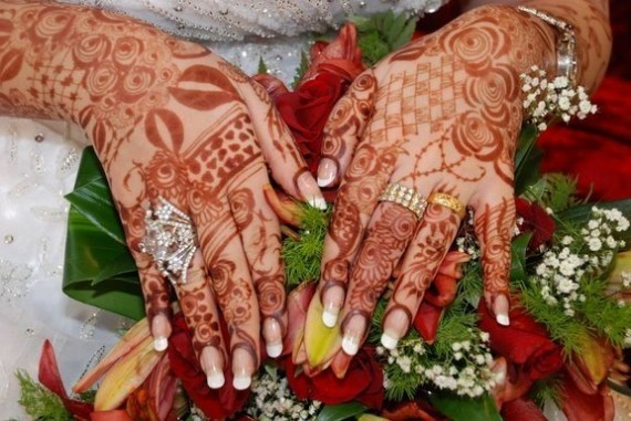 Bridal-Wedding Amazing Latest Henna Mehndi Designs for Girls-Dulhan Hands-8