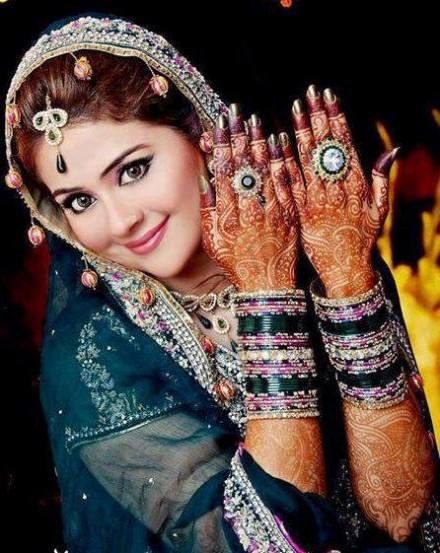 Bridal-Wedding Henna Mehndi Designs New Best Mehndi for Hand-Feet-10