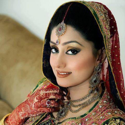 Bridal-Wedding Henna Mehndi Designs New Best Mehndi for Hand-Feet-5
