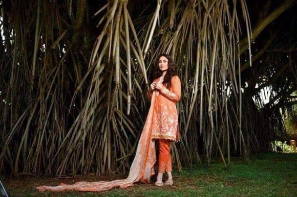 Kareena Kapoor Modeling in Faraz Manan Cresent Lawn Suits For Girls New Fashion Clothes-7