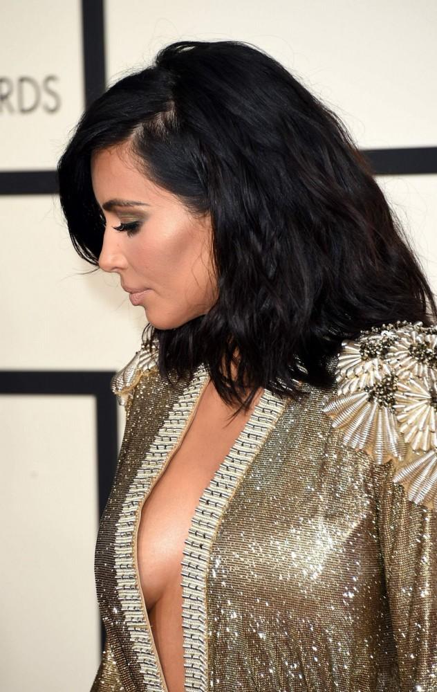 Kim-Kardashian-at-2015-Grammy-Awards-in-Los-Angeles-Images-Photos-1