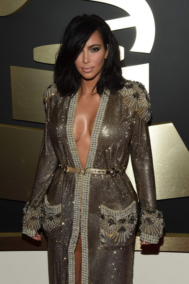 Kim-Kardashian-at-2015-Grammy-Awards-in-Los-Angeles-Images-Photos-2