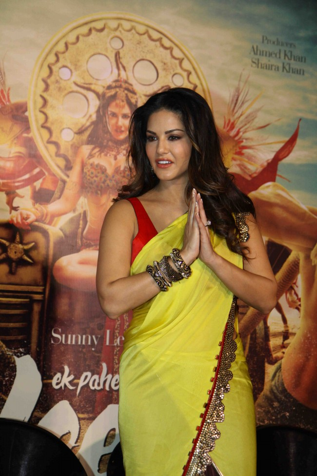 Sunny-Leone-in-Ek-Paheli-Leela-Movie-Trailer-Launch-Photos-Pictures-2