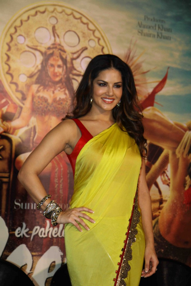 Sunny-Leone-in-Ek-Paheli-Leela-Movie-Trailer-Launch-Photos-Pictures-