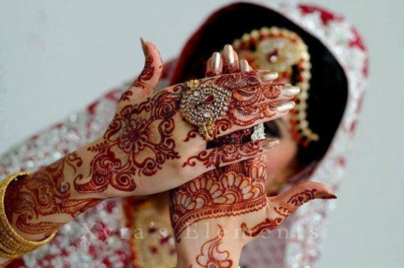 Beautiful Best Wedding-Bridal Henna Mehndi Designs Collection for Brides-Girls-9