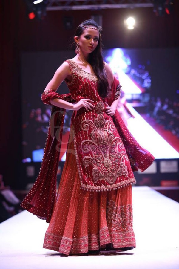 Dress Designer Umsha by Uzma Babar International Wedding-Bridal Fashion Show in Qatar-4