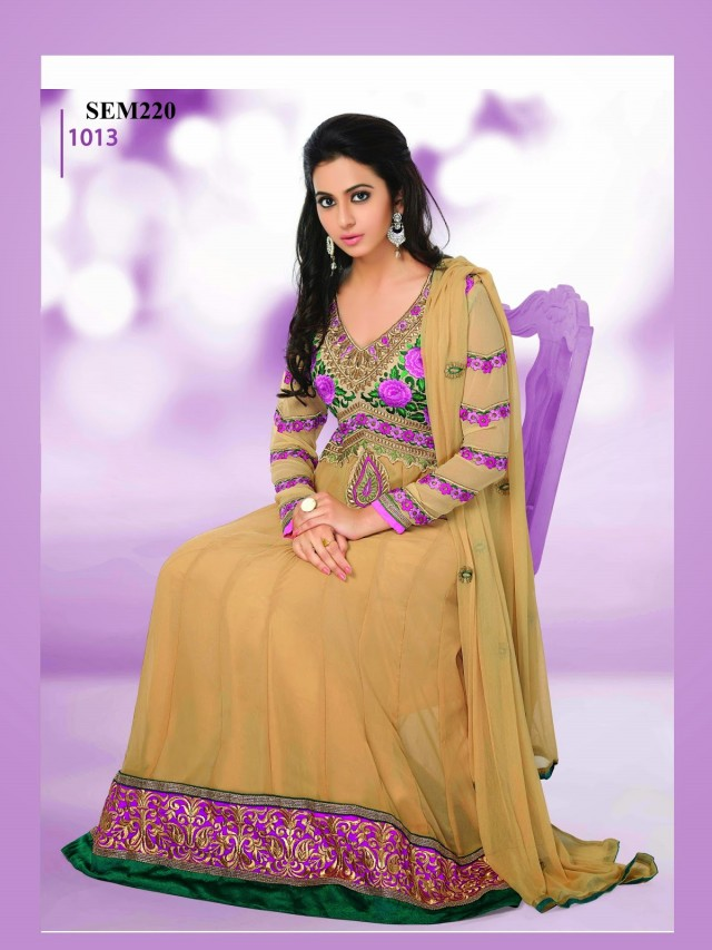 Indian-Bollywood Celebrity Actress-Model Rakul Preet Sing Long Anarkali Churidar Suit-5