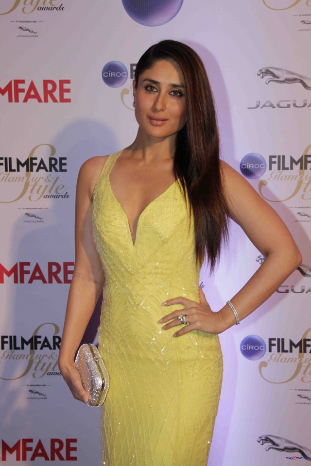 Kareena Kapoor at Ciroc Filmfare Glamour Style Award in Mumbai India Photoshoot-Pictures-4