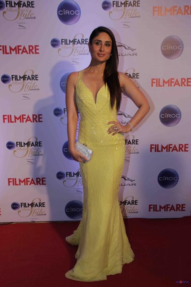 Kareena Kapoor at Ciroc Filmfare Glamour Style Award in Mumbai India Photoshoot-Pictures-6