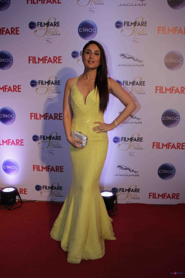 Kareena Kapoor at Ciroc Filmfare Glamour Style Award in Mumbai India Photoshoot-Pictures-7