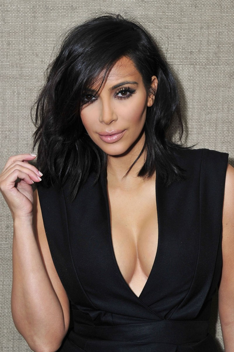 Hd Wallpapers Of Celebrities Kim Kardashian At Exclusive Meet And