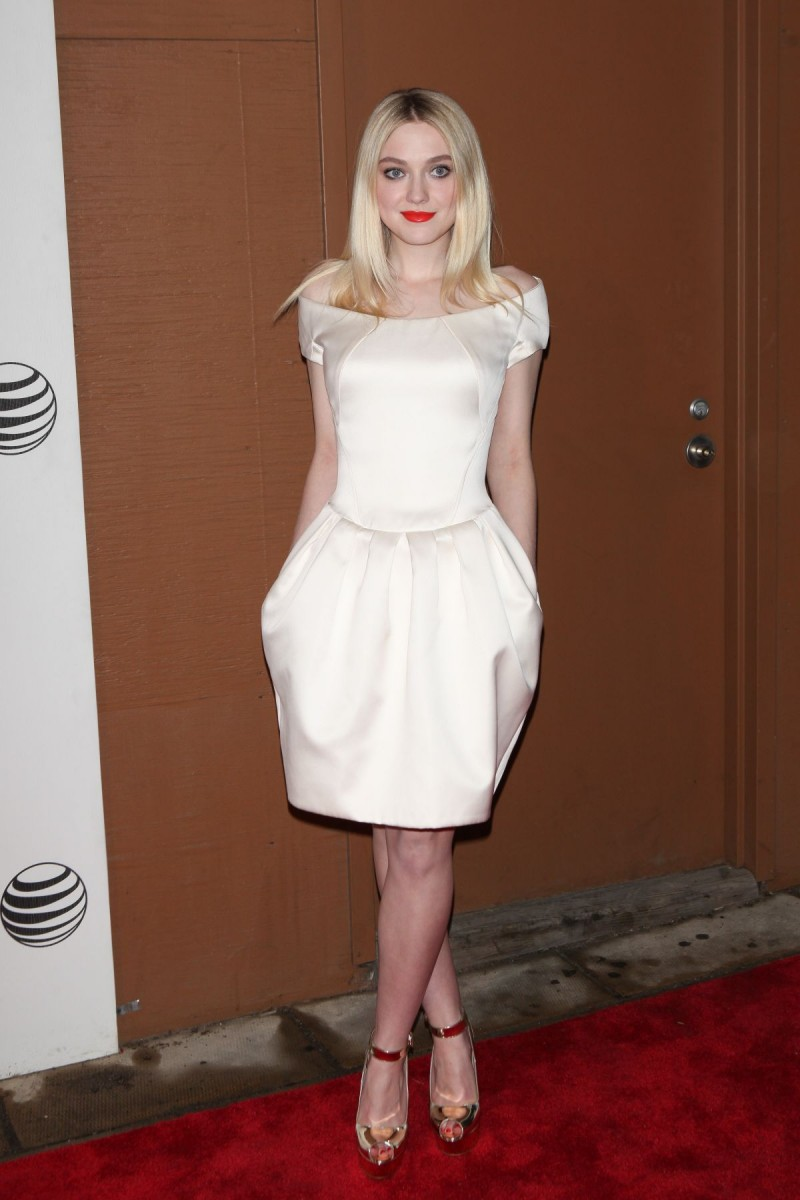Dakota Fanning at Franny Premiere in New York HD Wallpapers-6