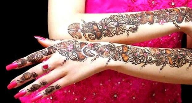 New Look Beautiful Eid-Chand Raat Best Mehndi Design For Girls Hands-4