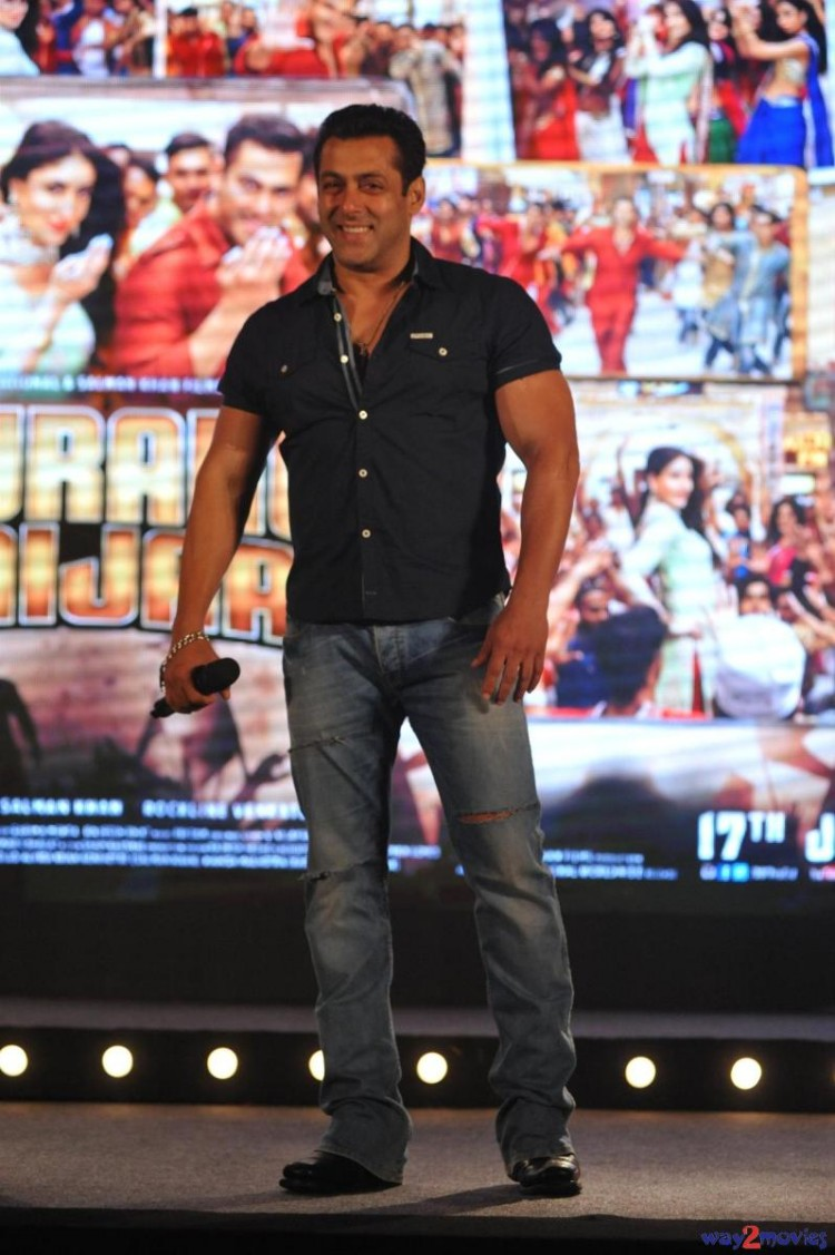 Salman Khan Indian-Bollywood Movie Bajrangi Bhaijaan Eid Special Song Launch HD Wallpapers-8