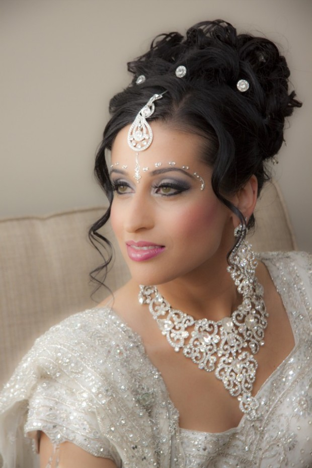 Wedding-Bridal New Fashion Hairstyles and Makeup Ideas For Indian Girls-Brides-Dulhan-3