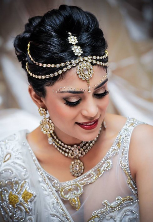 Wedding-Bridal New Fashion Hairstyles and Makeup Ideas For Indian Girls-Brides-Dulhan-5