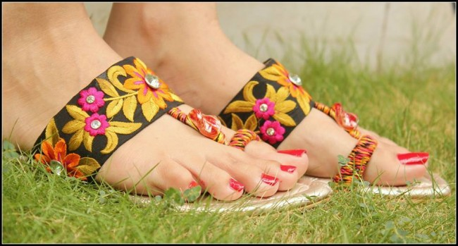 Triangles Shoes-Footwear Design for Teen-Young Girls New Fashion Sandal-
