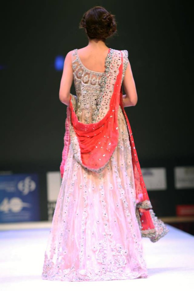 Dress Designer Asim Jofa International New Wedding-Bridal Fashion Festival in Doha-3
