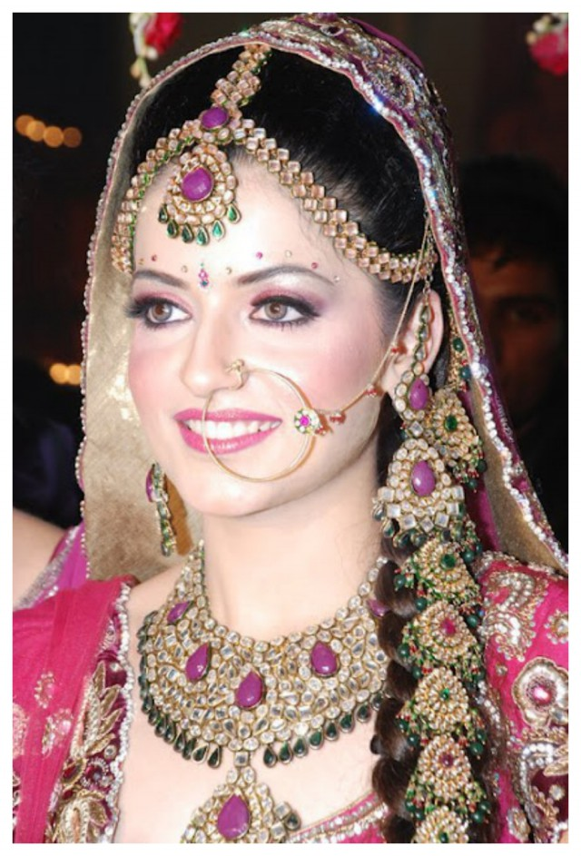 Fashion Style Indian Pakistani Top Wedding Bridal Amazing Makeup Looks Ideas New Fashion Trend