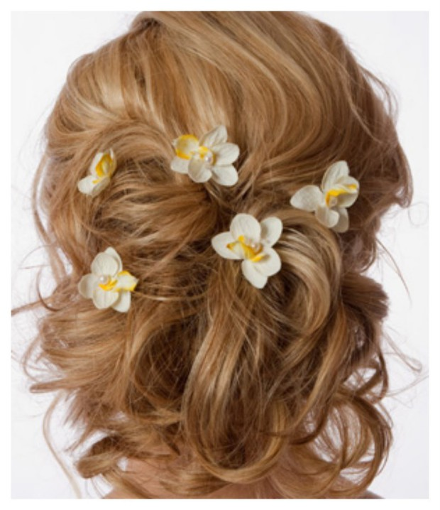Lovely Artificial Silk Flower Hairstyles New Fashion for Western Girls-Women-3